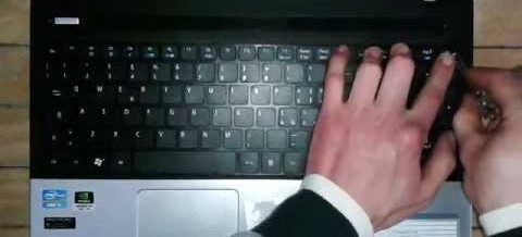 Udskift tastatur på Acer Aspire E1-571 selv